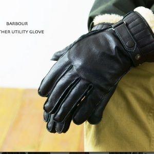 Barbour Black Leather Gloves